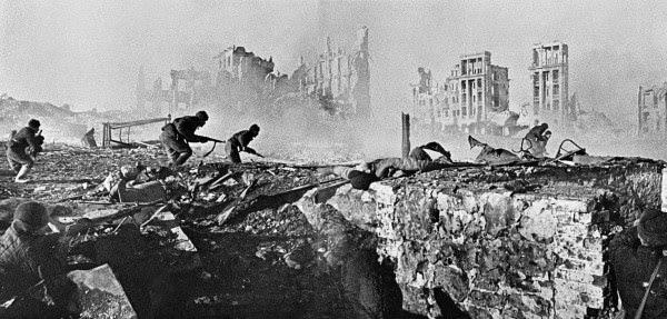 Resultado de imagem para Foto da Batalha de Stalingrado