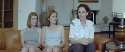 dogtooth-3-women
