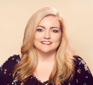 103117_interview_Colleen_Hoover_credit_Chad_Griffith