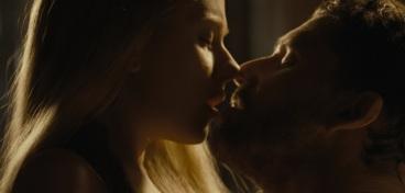 Scarlett Johansson como Maria Bolena.