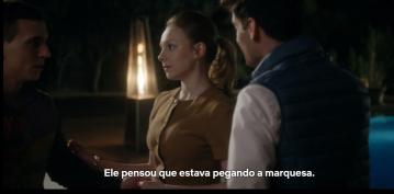O casal Polo e Carla trata Cristian como objeto sexual.