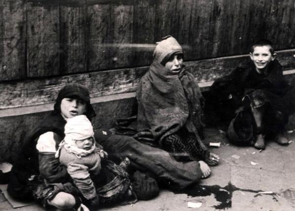 crianças gueto de varsóvia