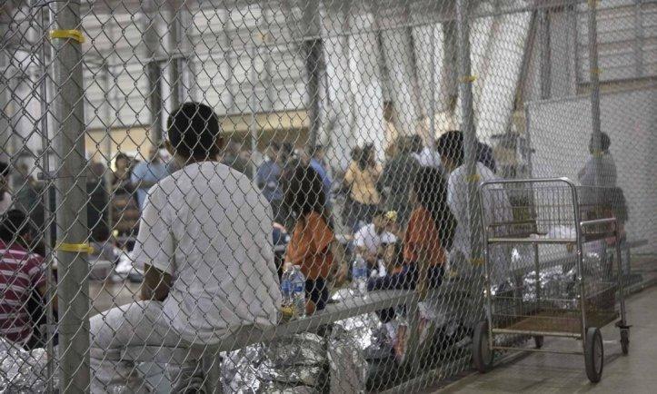 Imigrantes latinos presos